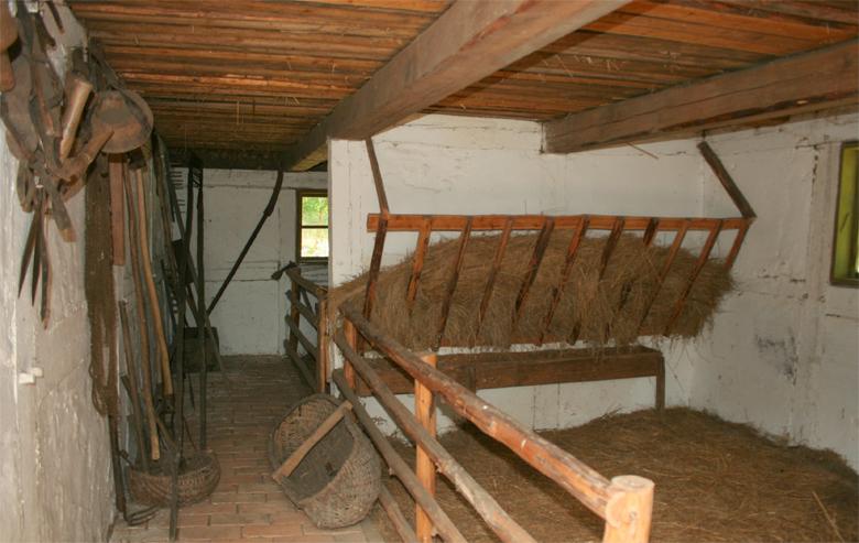 Пример конюшни